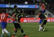 بالفيديو: المكسيك تفرض التعادل على تشيلي في مباراة مجنونة