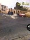 بالصور : انقلاب شاحنة تغلق طرقا بجانب مدارس الدر المنثور