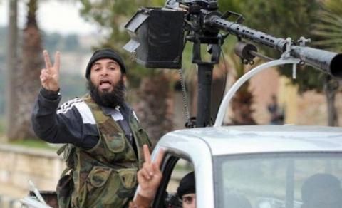 المعارضة السورية تسيطر على مركز عسكري كبير في حلب